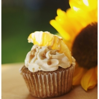 Spice Cupcakes with Pineapple Filling and Rum Buttercream