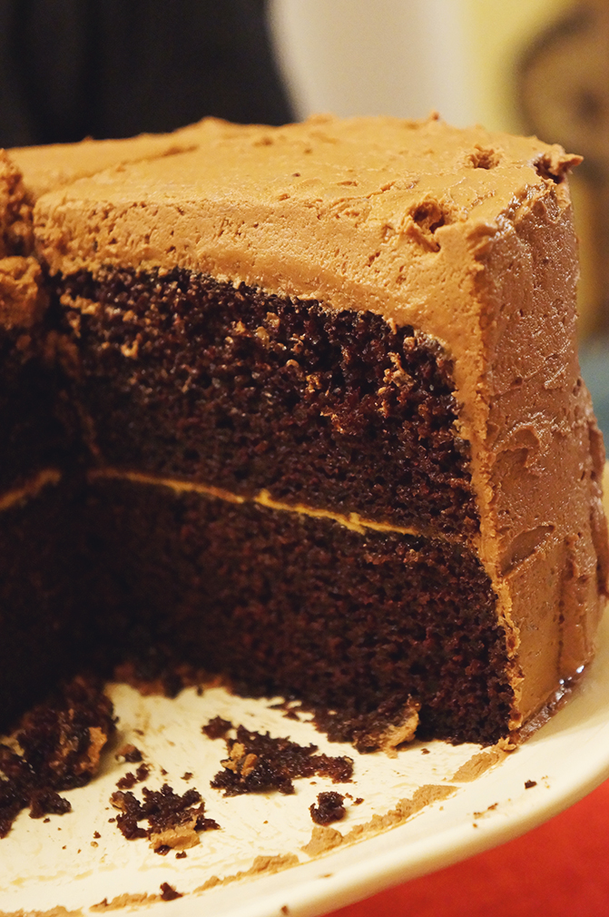 Chocolate Cake with Peanut Butter Filling & Nutella Buttercream | egg ...